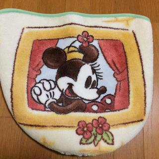 ディズニー(Disney)の🤗アスワン ミニー トイレカバー 保管品 ❣️(トイレマット)