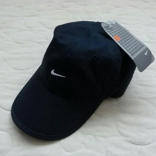 ナイキ(NIKE)のNIKE タグ付未使用品 キャップ ナイキ(帽子)
