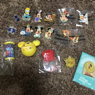 Disney - ディズニーピンバッチやチャーム
