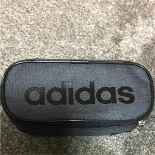 アディダス(adidas)のadidas ペンケース♡(ペンケース/筆箱)