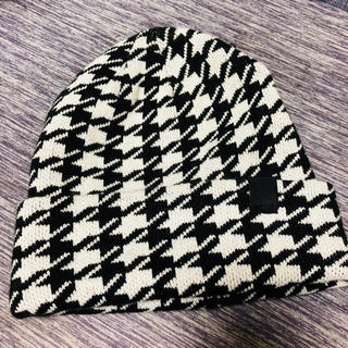 ジーユー(GU)の千鳥柄 ニット帽 ジーユー GU(ニット帽/ビーニー)