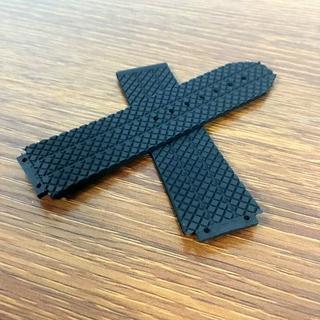 社外品 ウブロ腕時計用 24mm ラバーベルト 黒(ラバーベルト)