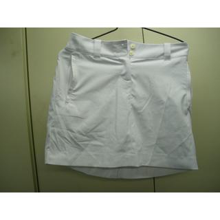 ナイキ(NIKE)のNIKE GOLF DRI-FIT サイズ2 白(ミニスカート)