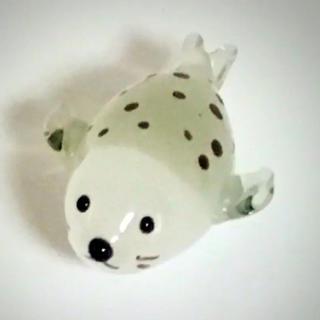 ミニチュア ガラス細工 アザラシ 1つ(ガラス)