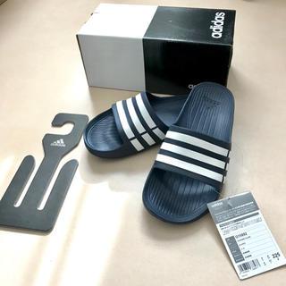 アディダス(adidas)の【未使用】adidas サンダル デュラモ SLD IO476 DB/W(サンダル)