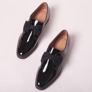 エフトゥループ(F-TROUPE)の値下げ F-TROUPE PATENT BLACK(ローファー/革靴)