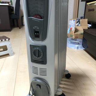 デロンギ(DeLonghi)のデロンギヒーターDHR-8045(電気ヒーター)