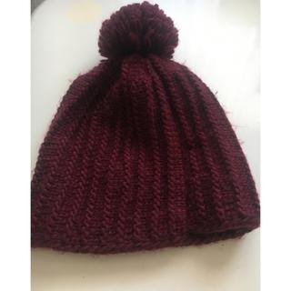 ザラ(ZARA)の帽子 ニット帽 赤 ZARA(ニット帽/ビーニー)