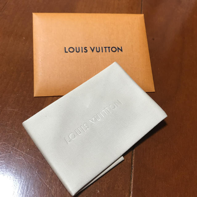 givenchy アイフォーン7 ケース 通販 - LOUIS VUITTON - Louis Vuitton クリーナー の通販 by uki's shop|ルイヴィトンならラクマ