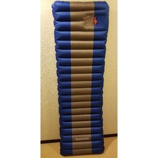 送料込み アウトドア エアーマット 厚さ10cm 収納袋付き コンパクト(寝袋/寝具)