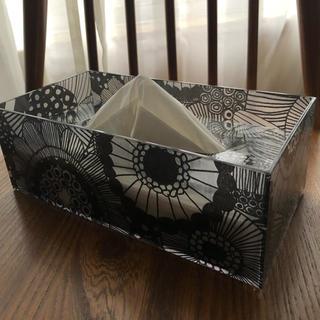 ティッシュケース シールトラプータルハ   白黒(ティッシュボックス)
