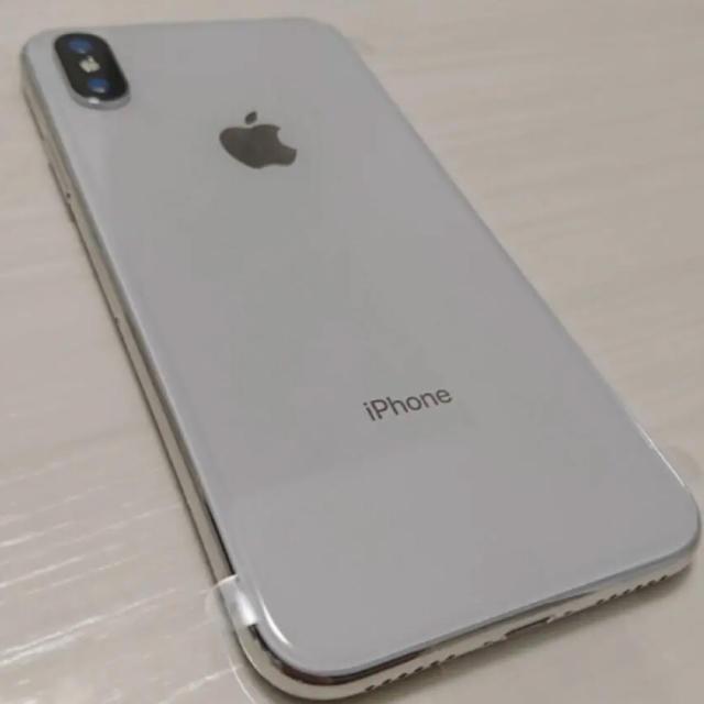 iPhone(アイフォーン)の新品未使用 SIMフリー iPhoneX本体 64GB スマホ/家電/カメラのスマートフォン/携帯電話(スマートフォン本体)の商品写真