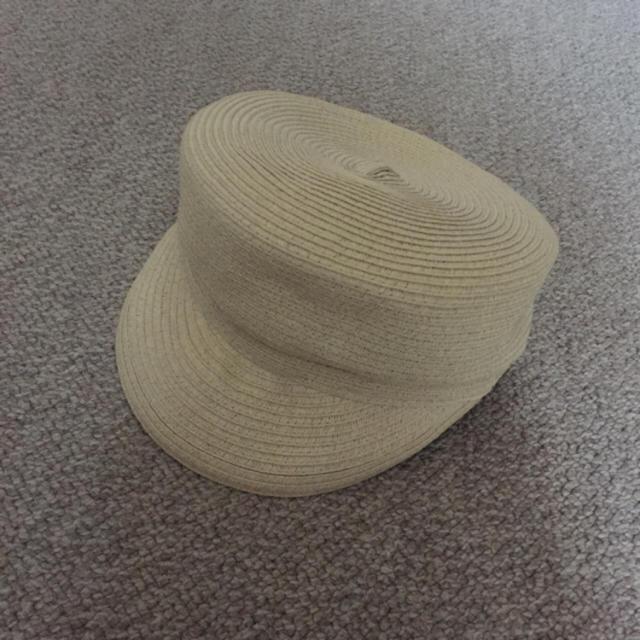 GU(ジーユー)のジーユー麦わら帽子キャスケット レディースの帽子(キャスケット)の商品写真