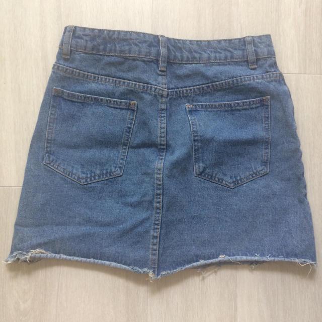 ZARA(ザラ)の刺繍 デニム スカート レディースのスカート(ミニスカート)の商品写真
