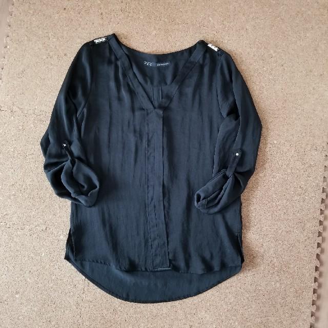 ZARA(ザラ)のZARA リベット付きシャツ レディースのトップス(シャツ/ブラウス(長袖/七分))の商品写真