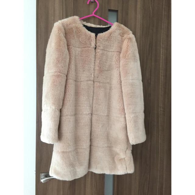 ZARA(ザラ)の年末セール!12月31日まで☆ ZARA ノーカラー ファーコート レディースのジャケット/アウター(毛皮/ファーコート)の商品写真