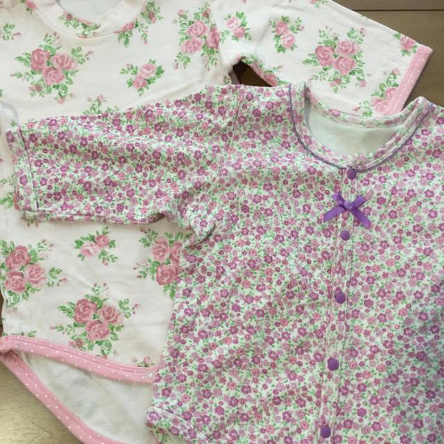 スウィートガール 花柄ロンパース 2枚セット サイズ90 キッズ/ベビー/マタニティのベビー服(~85cm)(ロンパース)の商品写真