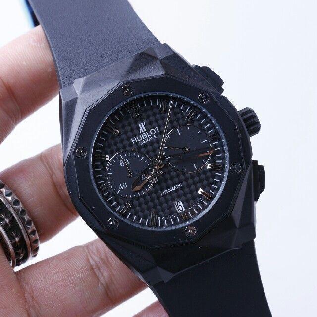 HUBLOT(ウブロ)のウブロ クラシックフュージョン チタニウム クロノグラフ メンズの時計(腕時計(アナログ))の商品写真