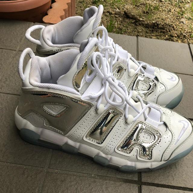 NIKE(ナイキ)のモアテン メンズの靴/シューズ(スニーカー)の商品写真