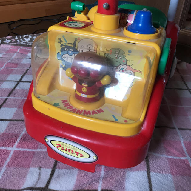アンパンマン(アンパンマン)のアンパンマン車 エンタメ/ホビーのおもちゃ/ぬいぐるみ(キャラクターグッズ)の商品写真