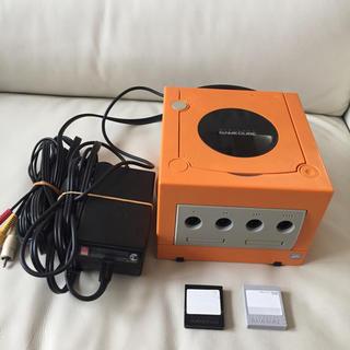 ニンテンドーゲームキューブ(ニンテンドーゲームキューブ)の任天堂ゲームキューブ  オレンジ色 (家庭用ゲーム本体)