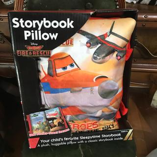 ディズニー(Disney)のプレインズ アメリカ製ブックピロー新品(枕)