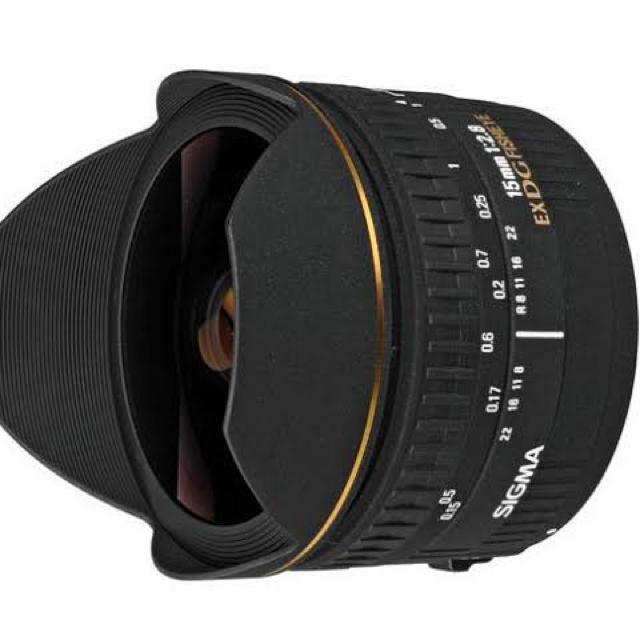 SIGMA(シグマ)の【美品につき】シグマ 15mm f2.8 DG FISHEYE ニコンFマウント スマホ/家電/カメラのカメラ(レンズ(単焦点))の商品写真