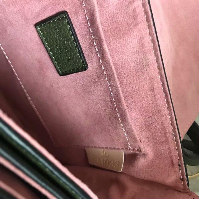 LOUIS VUITTON(ルイヴィトン)のLOUIS VUITTON ショルダーバッグ ピンク 可愛い  レディースのバッグ(ショルダーバッグ)の商品写真