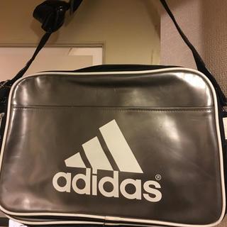 アディダス(adidas)のadidas エナメル(ショルダーバッグ)