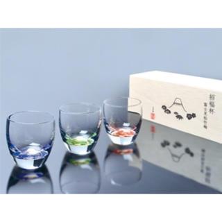 トウヨウササキガラス(東洋佐々木ガラス)の招福杯 富士見松竹梅 (3種冷酒杯セット)(グラス/カップ)