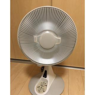 扇風機型のハロゲンヒーター(電気ヒーター)