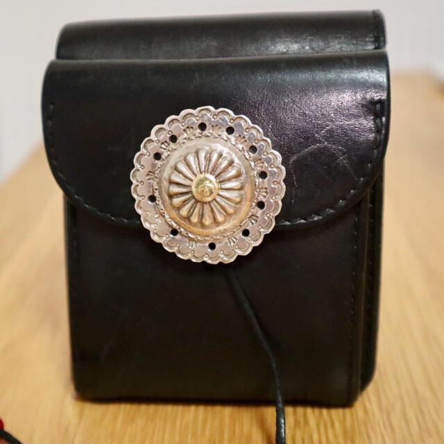 369358c438ff goro's(ゴローズ)のゴローズ 金メタルフラワーコンチョ付きウォレット メンズのファッション小物