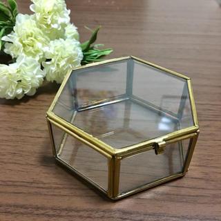 マライカ(MALAIKA)の【送料無料】ガラスケース マライカ  Lサイズ 六角形 結婚式 リングピロー(リングピロー)