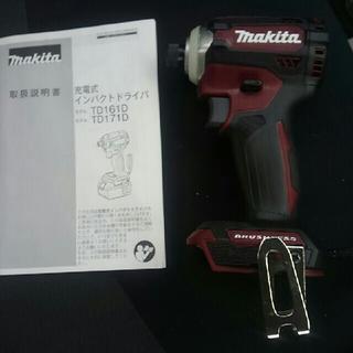 マキタ(Makita)の新品 makita マキタTD171D  赤 インパクトドライバー(その他)