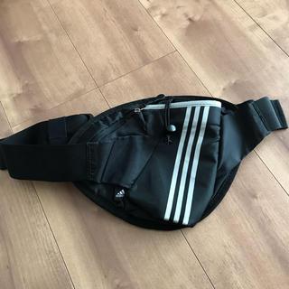 アディダス(adidas)のアディダス ランニングボトルポーチ ウエストポーチ黒◆(その他)