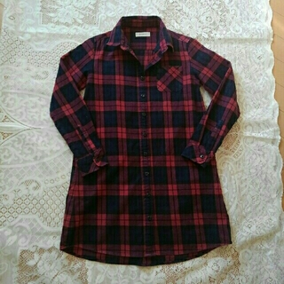 ベルメゾン(ベルメゾン)のベルメゾン135~145cm赤×黒チェックシャツワンピ(ワンピース)