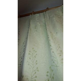 ニトリ(ニトリ)のニトリ遮光カーテン 180×140 4枚(カーテン)