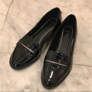 3a516c95a4d9ae ベルシュカ(Bershka)の新品未使用 Bershka エナメル ローファー パンプス(ローファー/革靴