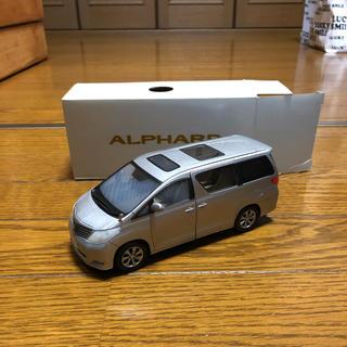 ALPHARD 車 模型(ミニカー)