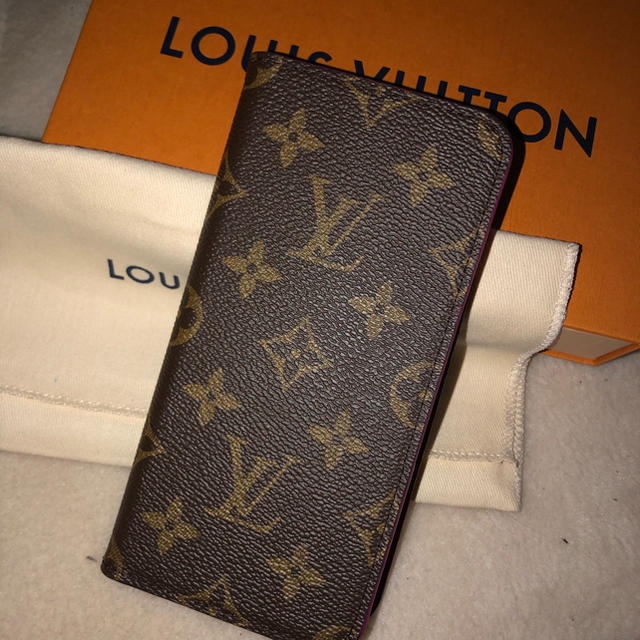 LOUIS VUITTON - LOUIS VUITTON iPhoneケースの通販 by ___chun01's shop|ルイヴィトンならラクマ