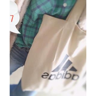 アディダス(adidas)のadidas トートバッグ 新品未使用☆(トートバッグ)