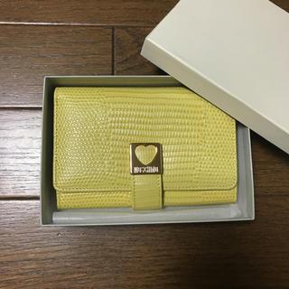 モスキーノ(MOSCHINO)のMOSCHINO 折り財布 美品 箱付き(財布)