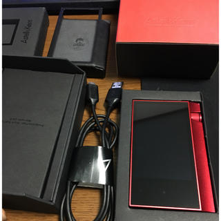 アイリバー(iriver)のカクチライ様専用 ak70 64gb Limited Red 茶色黒ケース付き(ポータブルプレーヤー)