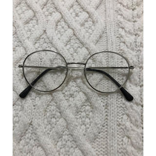 ジーユー(GU)のシルバーフレーム伊達眼鏡(サングラス/メガネ)