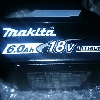 マキタ(Makita)の新品 makita マキタ BL1860B  インパクトドライバー用バッテリー(その他)