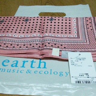 アースミュージックアンドエコロジー(earth music & ecology)のearth❈バンダナ柄プチスカーフ(バンダナ/スカーフ)