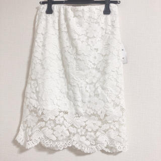 シマムラ(しまむら)のタグ付き フラワーレースタイトスカート(ひざ丈スカート)