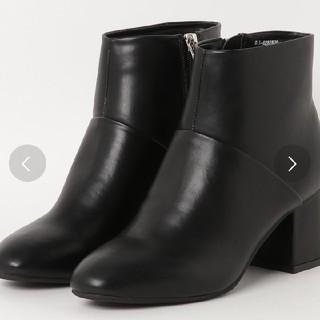 ナチュラルビューティーベーシック(NATURAL BEAUTY BASIC)のNATURALBEAUTYBASIC スレンダーショートブーツ(ブーツ)