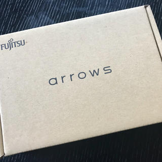 フジツウ(富士通)のでんたく様専用 新品未使用 arrows M04  ホワイト SIMフリー(スマートフォン本体)