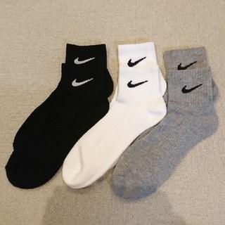 ナイキ(NIKE)の25~27㎝  NIKE靴下  アソート 3足  🏷️なし(ソックス)